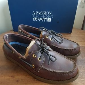 Size 9.5 Sperry Amaretto Dark Brown Boat Shoes